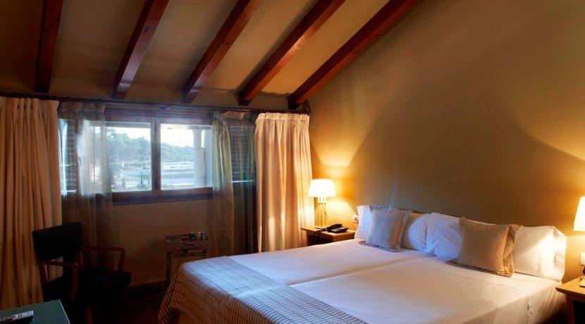 3llarcat.com-hotel-en-sant-andreu-de-llavaneres-modernismo-en-sant-andreu