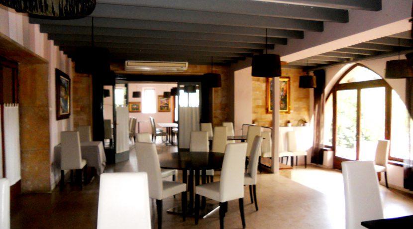 llarcat.com-hotel-en-sant-andreu-de-llavaneres-modernismo-en-sant-andreu