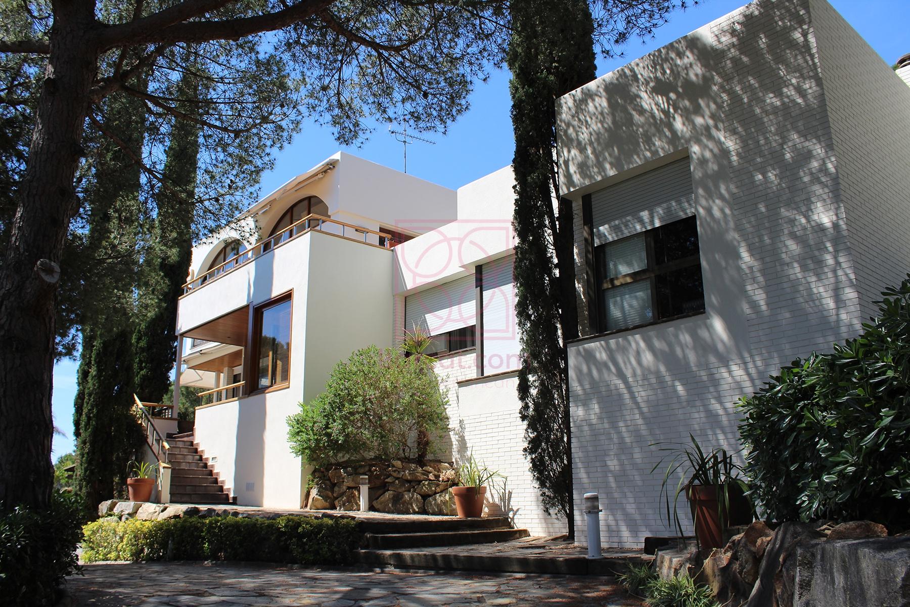 Casa en Cabrera de mar. Para una gran familia | House in Cabrera de sea. For a large family