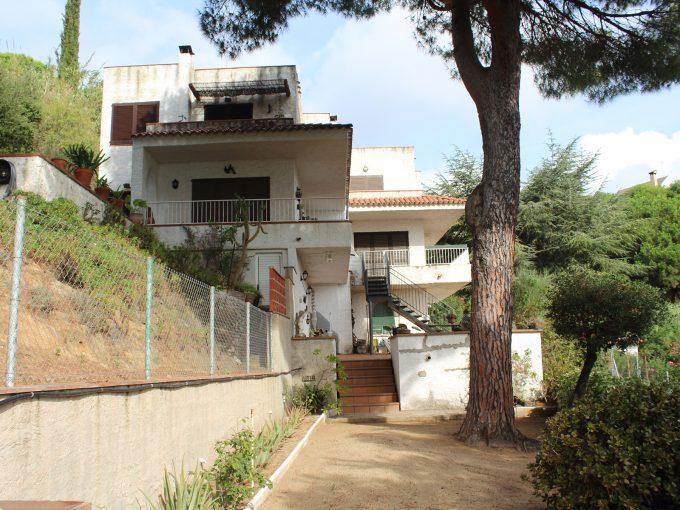 Casa en venta en Sant Cebrià, cerca de Sant Pol de Mar